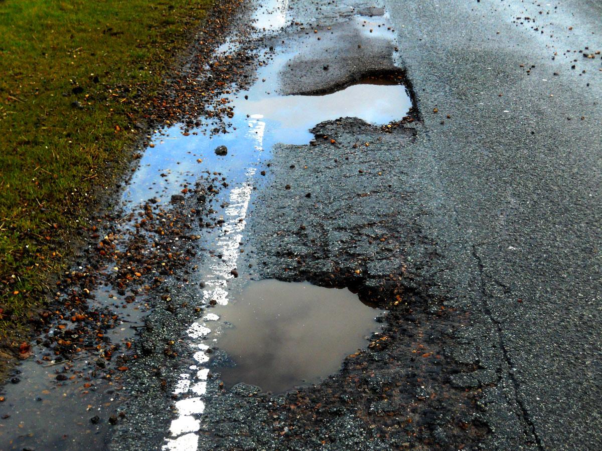pothole-flooding