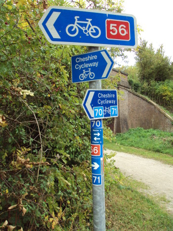 National_Cycle_Network_routes_sign_near_Heath_Lane,_Willaston