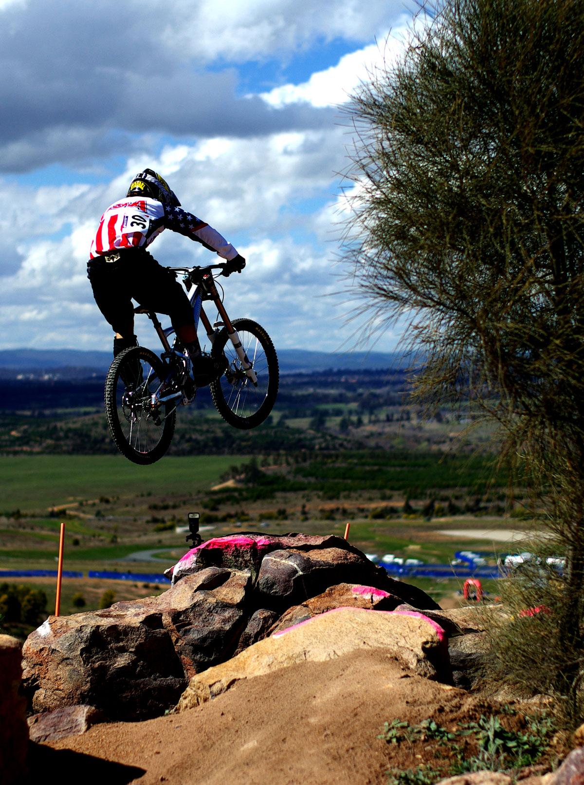 jump-cycling