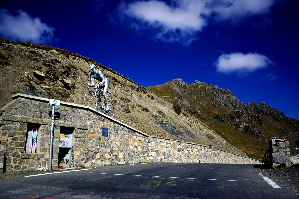 col-du-tourmalet-cycling
