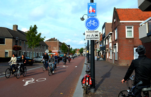 dutch-cycling-signs