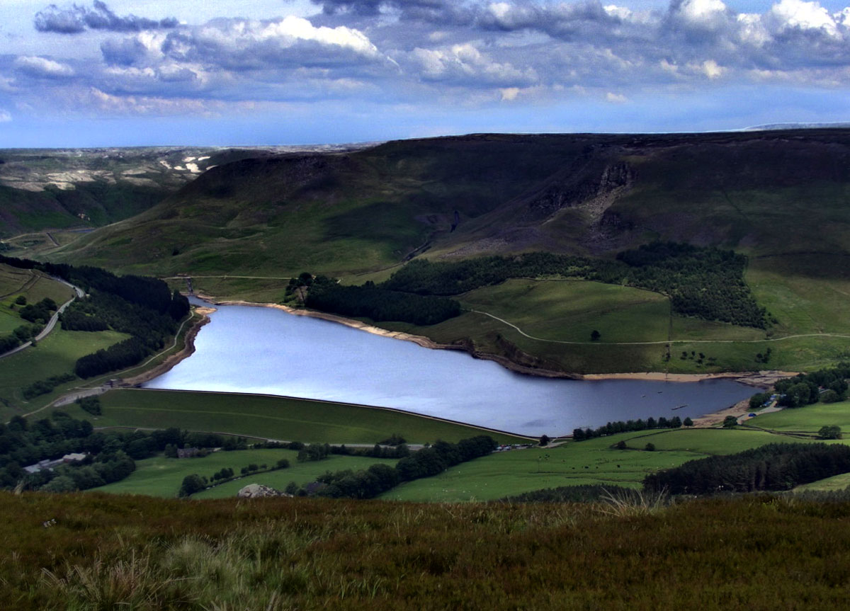 peak-district-cycling-dovestone-reservoir