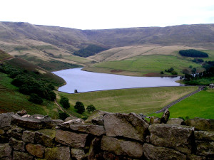 kinder-reservoir-peak-district-cycling