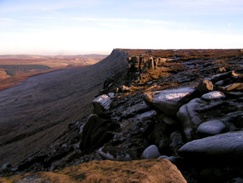 kinder-scout-peak-district-cycling